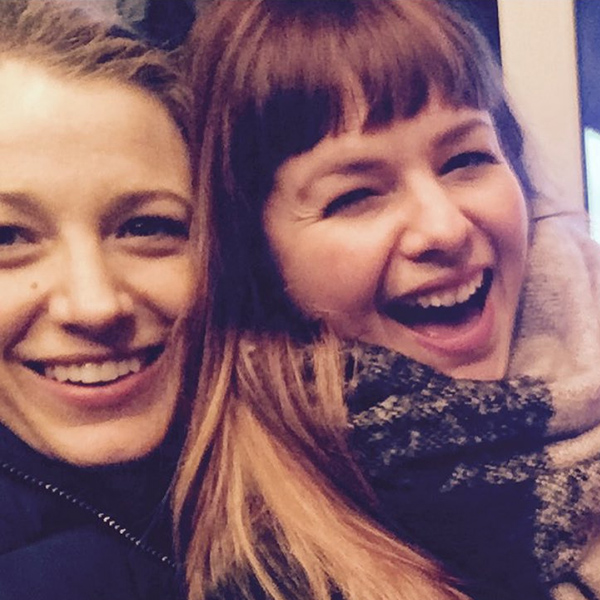 Blake Lively Posts Reunion Pic With Sisterhood Star Amber Tamblyn
