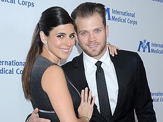 Jamie-Lynn Sigler Marries Cutter Dykstra in a 'Laid-Back' Wedding in Palm Springs