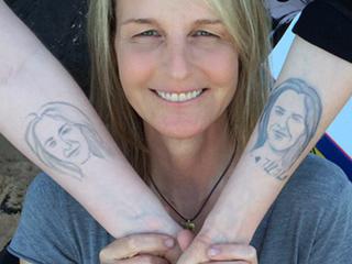Helen Hunt's Daughter Shows Off Her Helen Hunt Henna Tattoo!