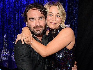Kaley Cuoco and Johnny Galecki Cuddle Up at People's Choice Awards – But They're '#NotDating'