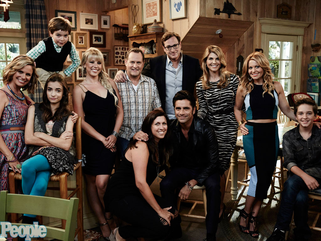 PEOPLE's Fuller House Set Diary: Inside the Taping of the Premiere Episode| Fuller House, TV News, Bob Saget, John Stamos, Lori Loughlin