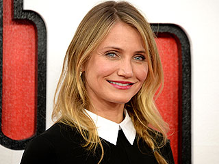 Cameron Diaz Reveals Cover for New Book About Aging: 'I Am So Excited I Can Barely Contain Myself'