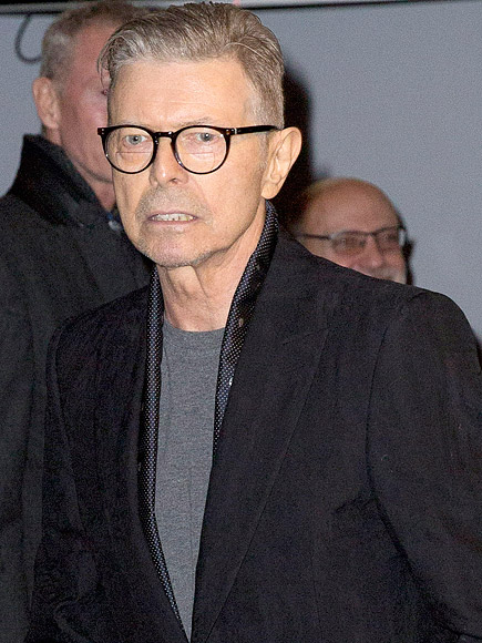 http://img2.timeinc.net/people/i/2016/news/160125/david-bowie-y-435.jpg