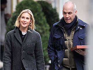 Kelly Rutherford Steps Out with Boyfriend After Returning to N.Y.C. Following Custody Loss