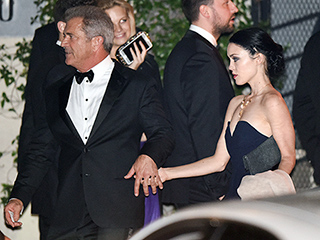 Mel Gibson Parties with Girlfriend Rosalind Ross After Trading Jibes with Ricky Gervais at Golden Globes