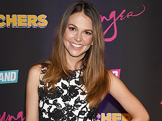 Why Younger Star Sutton Foster Is 'Grateful' to Find TV Success at Age 40: 'I Feel So Much More Settled and Confident'