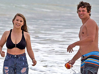 Bindi Irwin and Boyfriend Chandler Powell Play in the Waves (and Share a Sweet Kiss!) During Hawaiian Vacation