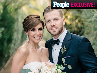 Jamie-Lynn Sigler and Cutter Dykstra: See Their Official Wedding Portrait