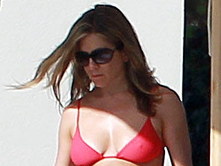 Jennifer Aniston Says She Wants to Rock a Bikini at 80