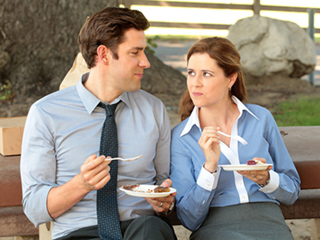 John Krasinski Sets the Record Straight: I Was Not 'Genuinely in Love' with Jenna Fischer