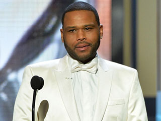 Anthony Anderson Addresses Oscars Controversy at NAACP Image Awards: 'This Is What Diversity Is Supposed to Look Like'