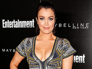 Bellamy Young on Working with Chelsea Clinton and Being a Big Fan of Dad Bill