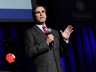 10 Years Later: How Bob Woodruff Recovered from Being Hit by a Roadside Bomb in Iraq and Went on to Raise Millions for Veterans