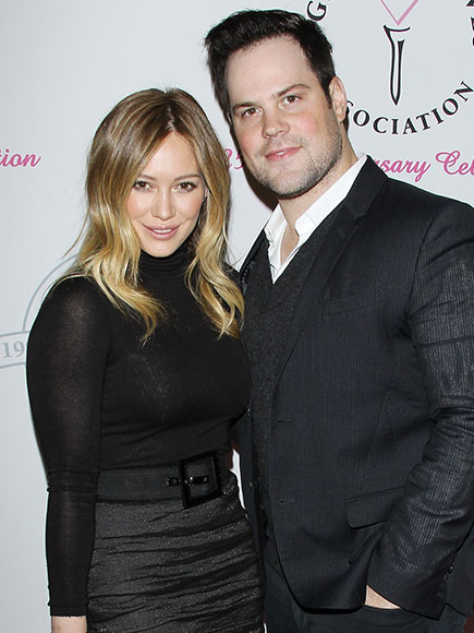 HILARY DUFF & MIKE COMRIE photo | Hilary Duff
