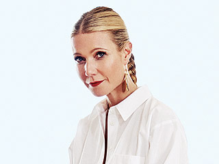 Gwyneth Paltrow Says Chris Martin Is 'Like My Brother': 'We Are Still Very Much a Family'