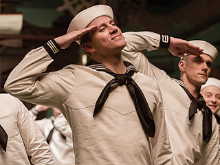 Review: George Clooney, Channing Tatum and A-Listers Galore Have Fun Spoofing Old Hollywood in Hail, Caesar!