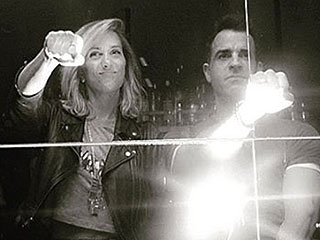 See Justin Theroux Strike a Faux Fierce Pose with Kristen 'Kwiigz' Wiig While Promoting Zoolander 2
