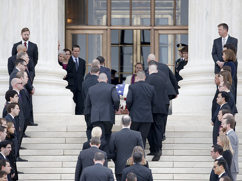 Hundreds Gather to Pay Respects to Supreme Court Justice Antonin Scalia