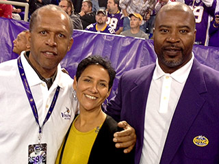 Widow of NFL Great with CTE Teams Up with Famed 'Concussion' Doctor To Raise Awareness About the Disease: 'We Have to Get the Information Out There'