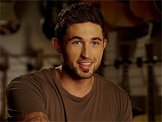 VIDEO: Michael Ray on the Success of His Debut Smash 'Kiss You in the Morning': 'It Was Mind Boggling'
