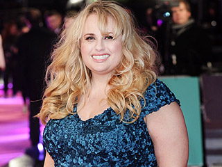 Rebel Wilson Says Brad Pitt's Hair Smells 'Like Unicorns'