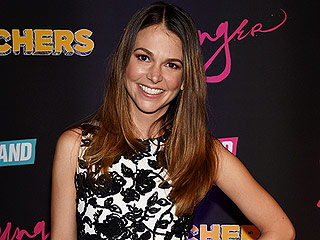 Sutton Foster Joins Cast of Gilmore Girls