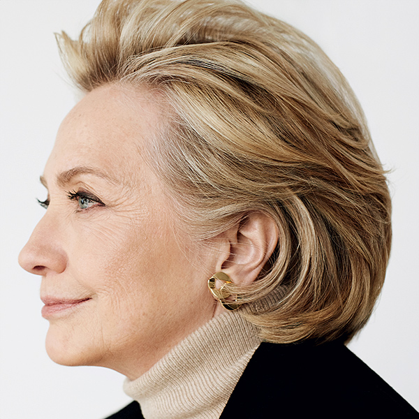 Inside Hillary Clinton's Vogue Photo Shoot with Mario Testino: 'Whatever You Want Me to Do, I'm Good,' She Told Photographer| Vogue, 2016 Presidential Elections, politics, Hillary Rodham Clinton, Mario Testino