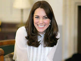 Princess Kate's Hairdresser Shows You Exactly How to Get Her Famous Blow Dry!