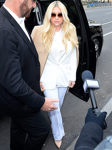 Kesha Breaks Down in Tears as Judge Orders She Will Not Be Released from Recording Contract: Dr. Luke's 'End Game Is to Destroy Her,' Says Lawyer  Crime & Courts, Sexual Abuse, Sexual Assault/Rape, Music News, Kesha