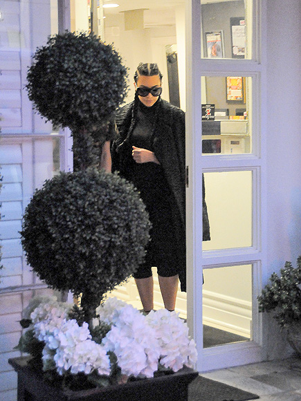 Kim Kardashian Steps Out in Beverly Hills as Sources Say She's Willing to 'Do Whatever' to Make Relationship with Kanye West Work| Couples, People Scoop, TV News, Kanye West, Kim Kardashian