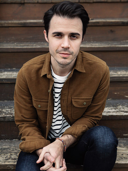 Kris Allen Releases New Single 'Waves,' Talks Recovery After Devastating Car Crash: I Thought I Might Never Play Guitar Again| American Idol, Music News, Kris Allen
