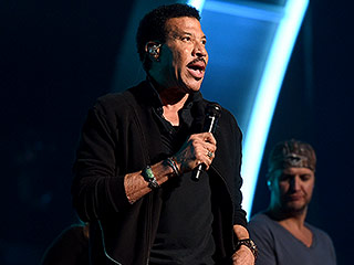 Find Out Which Pop Star Is Singing Lionel Richie's 'Hello' at the Grammys