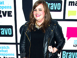 You'll Never Guess Which Star SNL's Aidy Bryant 'Forced' to Hug Her