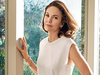 Diane Lane Says She 'Rehearsed' Turning 50: 'I Wasn't Going to Let It Terrify Me'