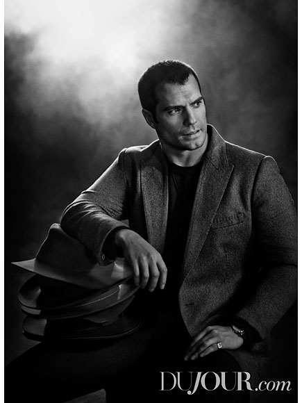 Henry Cavill Doesn't Mind Taking Pictures with Fans in Bars: 'They're Going to Get a Photo of Me Drunk'| Superman, Movie News, Henry Cavill