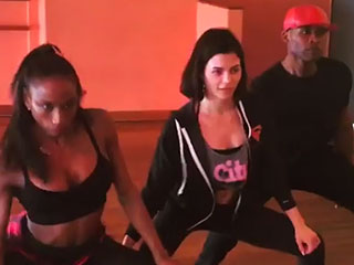 Jenna Dewan-Tatum Works Her 'Abs and Booty' in a Fun Dance Workout