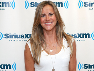Soccer Player Brandi Chastain Will Donate Her Brain to Concussion Research