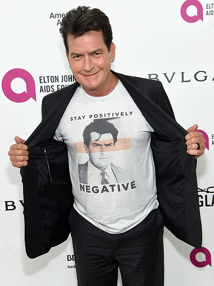Charlie Sheen Makes Surprise Appearance at Elton John's AIDS Foundation Oscars Party| Academy Awards, Oscars 2016, Charlie Sheen, Elton John