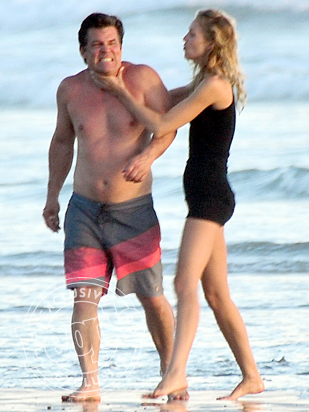 Josh Brolin Packs on the PDA During Romantic Beach Day with Fiancée Kathryn Boyd| Movie News, Josh Brolin