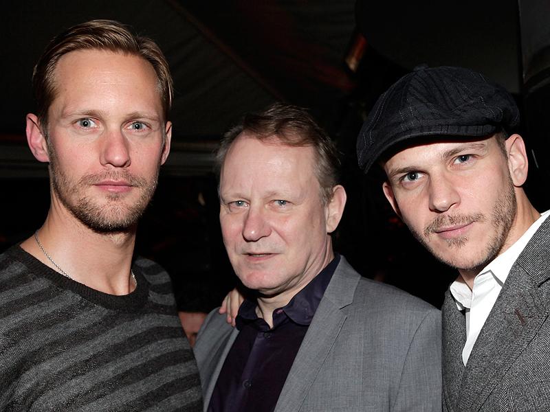 Bill Skarsgard on Dad Stellan and Brother Alexander ...