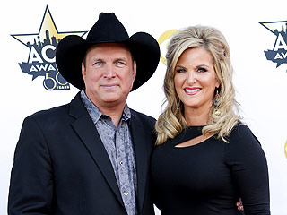 Garth Brooks 'Scores Big Points' Cooking for Wife Trisha Yearwood: 'There's a Lot of Quiet Dinners'