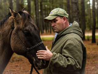 WATCH: Sexual Abuse Survivor Helps Addicts Heal Through Equine Therapy: 'Your Story Can Save Someone's Life'