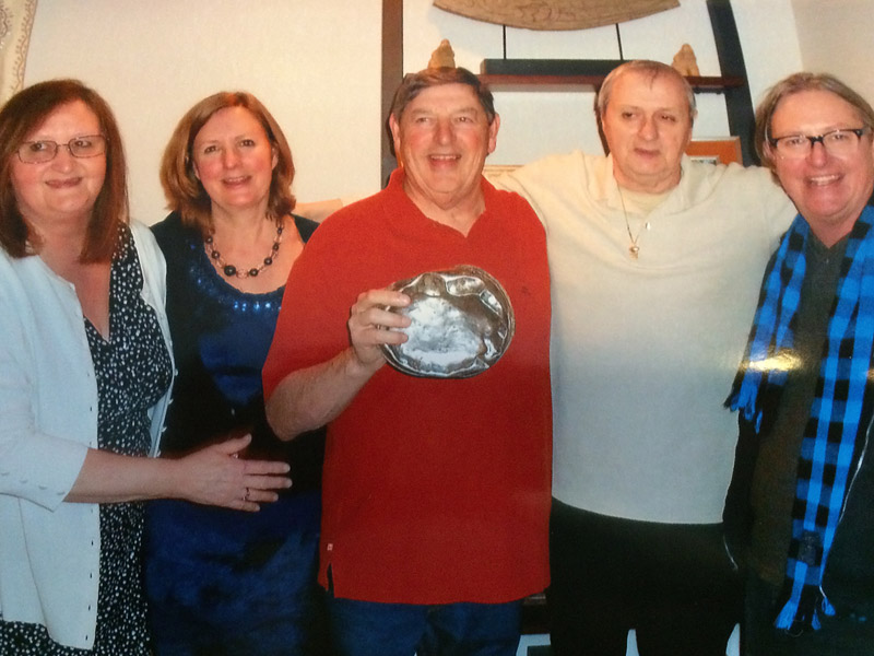 70 Years Later, WWII Soldier's Mess Kit Found by Metal Detector and Returned to New Jersey Family| World War II, Real People Stories