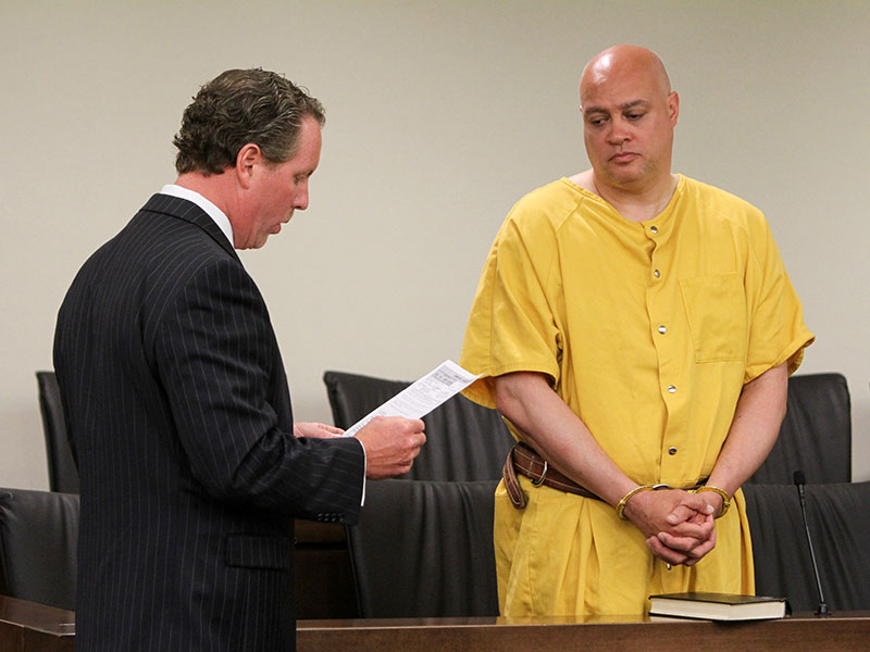 New Jersey Police Officer Pleads Guilty to Aggravated Manslaughter of Ex-Wife