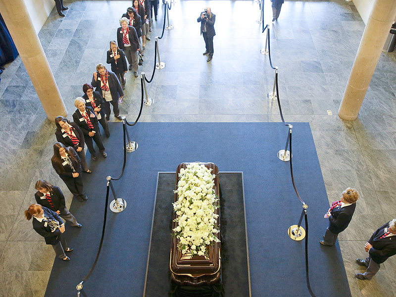 What Nancy Reagan Chose for Her Funeral: A Love Letter from Her 'Ronnie,' Peonies and a Farewell from Her Children| Nancy Reagan, Patti Davis, Ron Reagan, Ronald Reagan