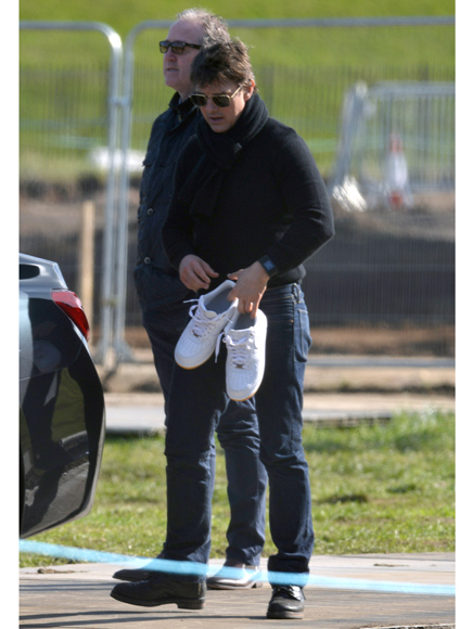 Still Feeling the Need for Speed? Tom Cruise Is Spotted Piloting a Helicopter in London  Top Gun, Movie News, Tom Cruise