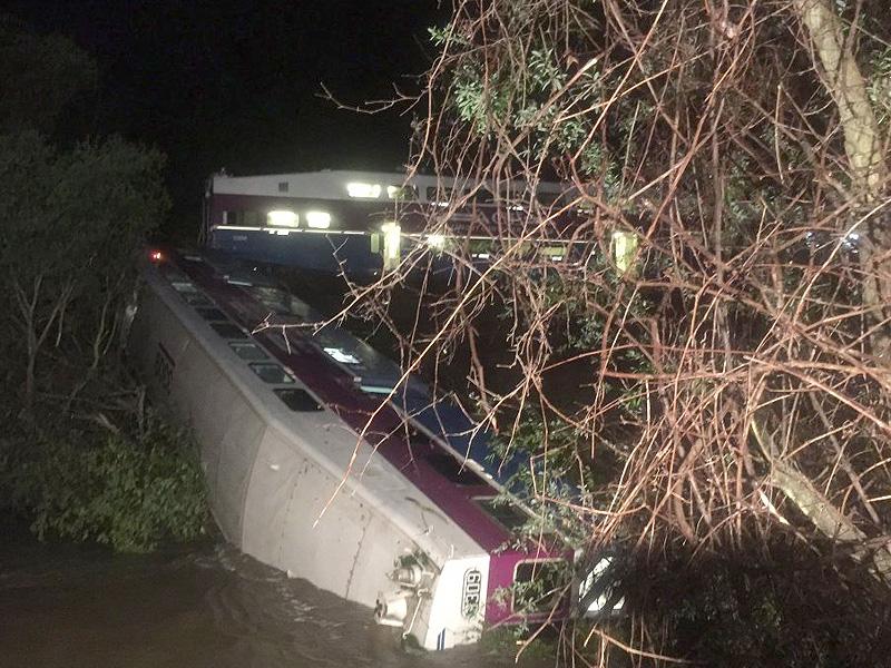 California Commuter Train Derails in Sunol Creek, 9 Injured