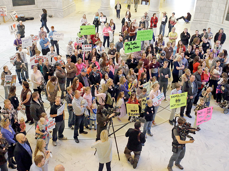 Hundreds Protest Utah Bill That Would 'Recriminalize' Polygamy  Around the Web, Real People Stories