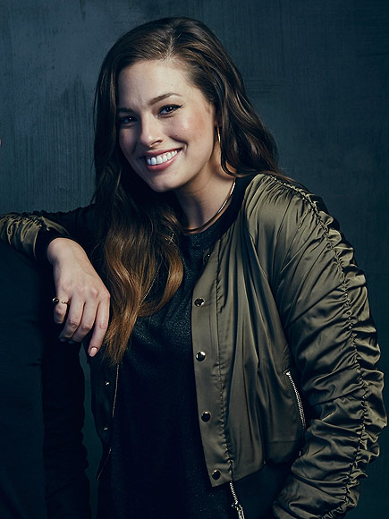 Ashley Graham Tells Panel at SXSW That the Term 'Plus-Sized' Is 'Totally Outdated'| Body shaming, Sports Illustrated, Bodywatch, Models, Cheryl Tiegs