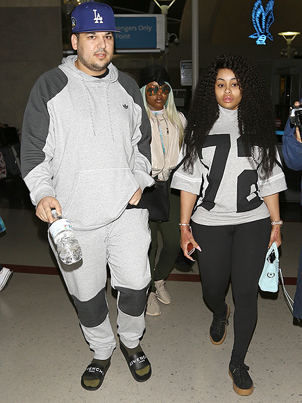 Slimmer Rob Kardashian and Blac Chyna Arrive in L.A. After Tropical Getaway to Jamaica| Couples, Health, Keeping Up with the Kardashians, TV News, Rob Kardashian